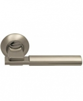 Ручка дверная на круглой розетке фалевая Archie Sillur 94A, Хром матовый/Хром