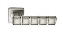 Ручка дверная на квадратной розетке фалевая Archie Sillur C202, Хром матовый
