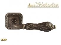 Ручка дверная на квадратной розетке Melodia Libra 229Q Серебро античное