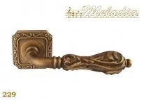 Ручка дверная на квадратной розетке Melodia Libra 229Q Бронза матовая