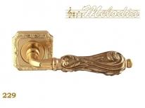 Ручка дверная на квадратной розетке Melodia Libra 229Q Полированная латунь