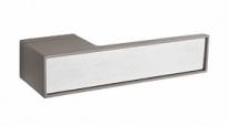 Ручка дверная на квадратной розетке Tupai Big Line Титан