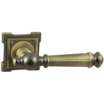 Ручка дверная на квадратной розетке Vantage V15M MAB матовая бронза